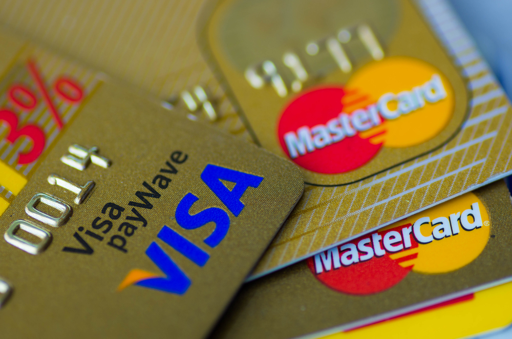 The Pros And Cons Of Prepaid Gift Cards – Are They Better Gifts Than Cash?